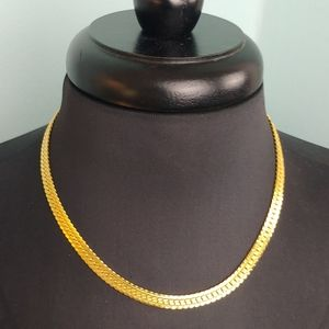 5 for $20.⭐ Costume jewelry gold